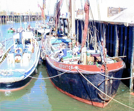 Repertor - showing where her bowsprit used to be!