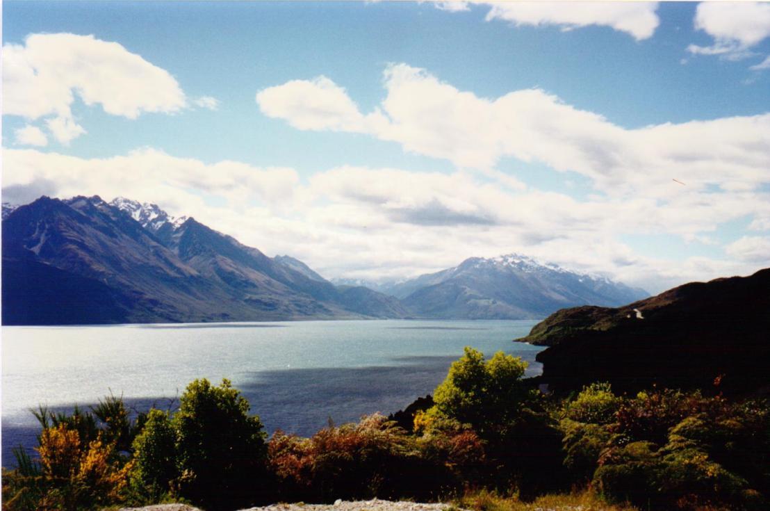 090 Lake Wakatipu