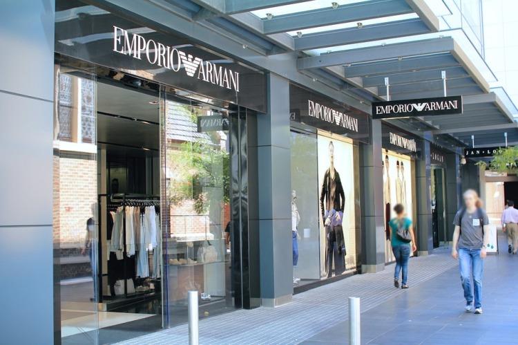 armani-store-265115_960_720.jpg