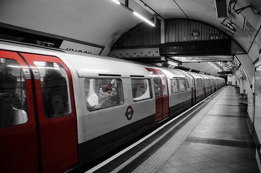 subway-2227664__340.jpg