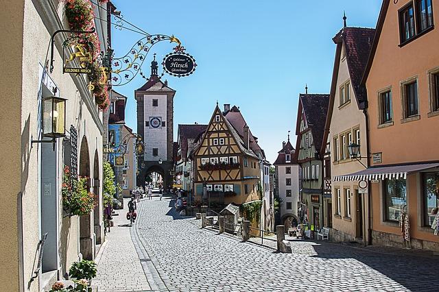 rothenburg-of-the-deaf-1622693_640
