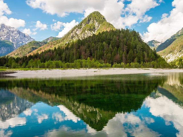 jasna-lake-2165622_640