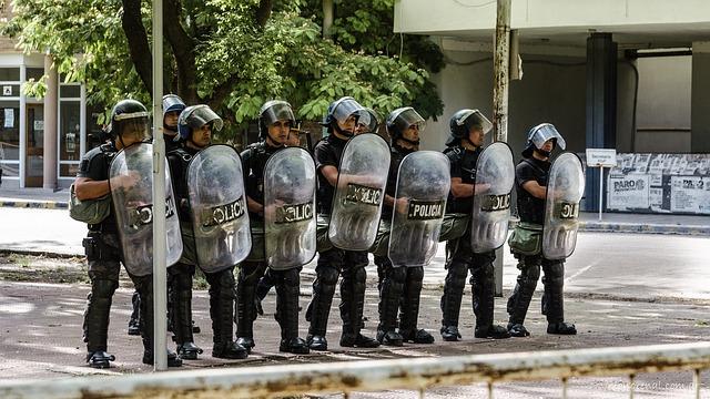 police-2111880_640
