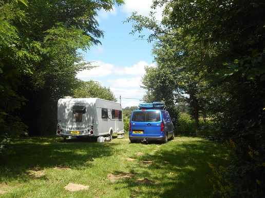 Paradise_Found_Camping_La_ Chassagne_ Ronnet (2)