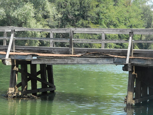 krka_bridge_otocec_slovenia