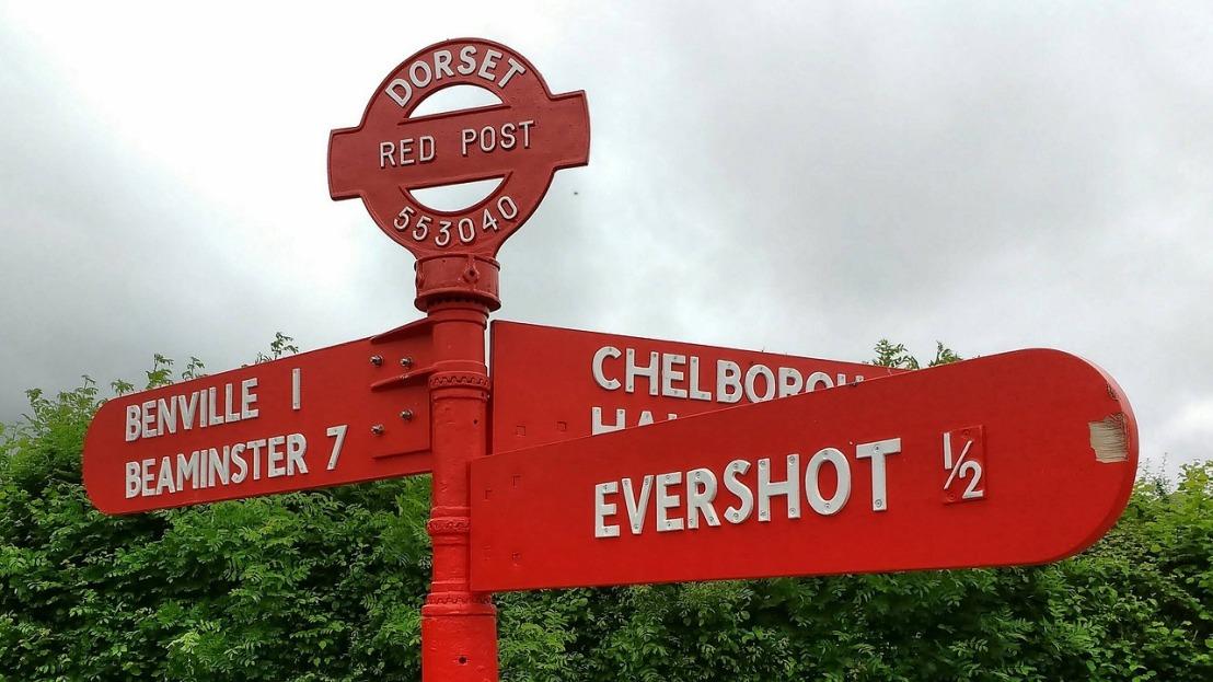 signpost-2030719_1280.jpg