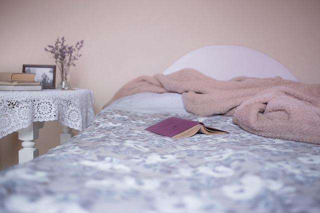 bed-1846251_640.jpg