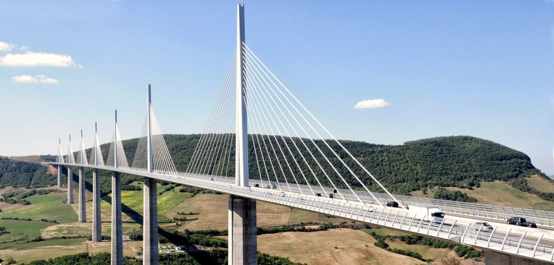 millau-bridge-605638_1280.jpg