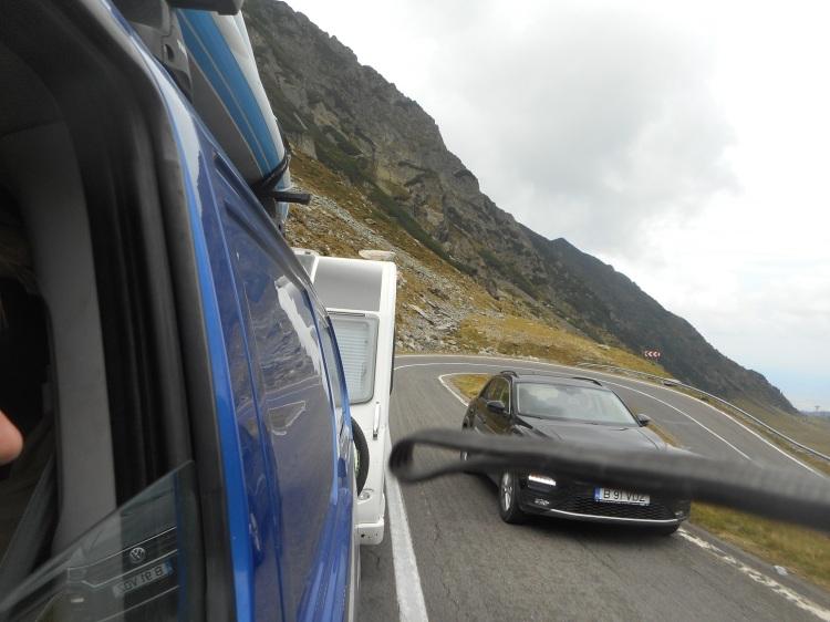 Transfagarasan_overtake