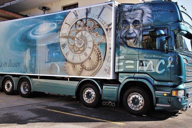 truck-4276755_640