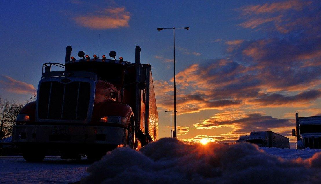 trucker-2946821_1280