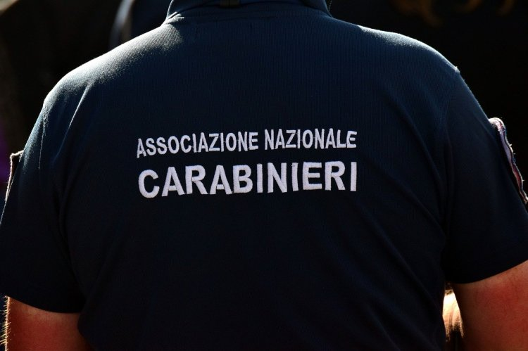 carabinieri-3409445_1280