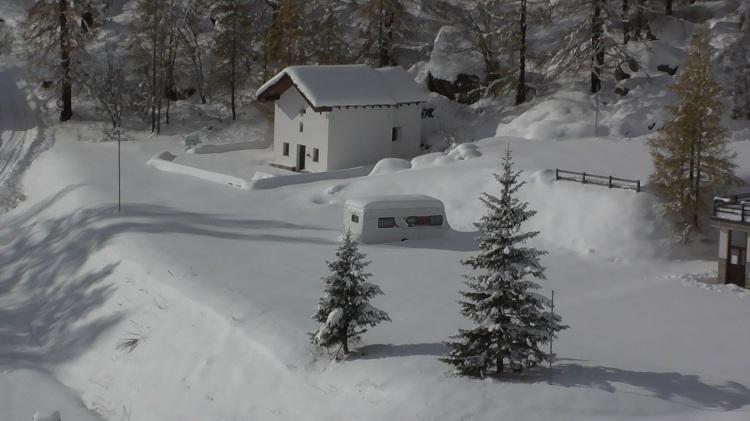 Caravan_Christmas