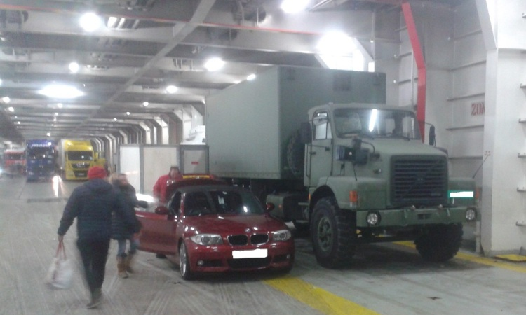Sourcing_overland_truck (4)