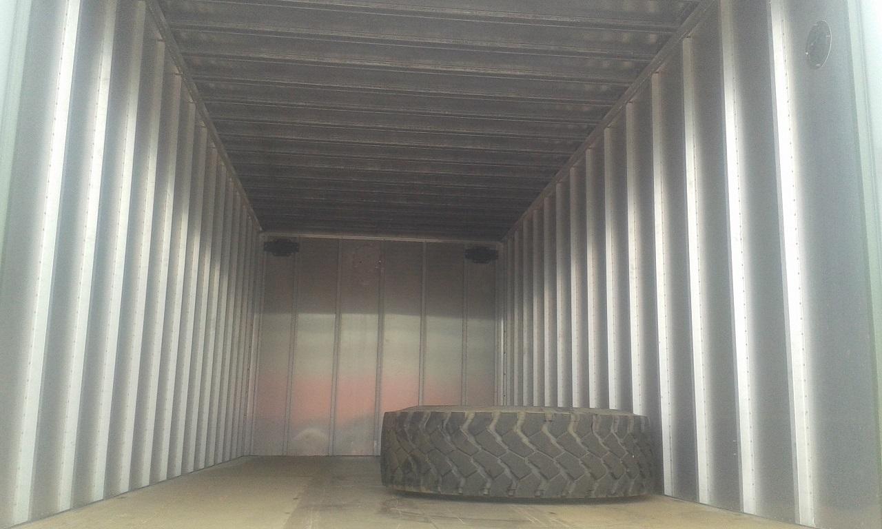 Sourcing_overland_truck