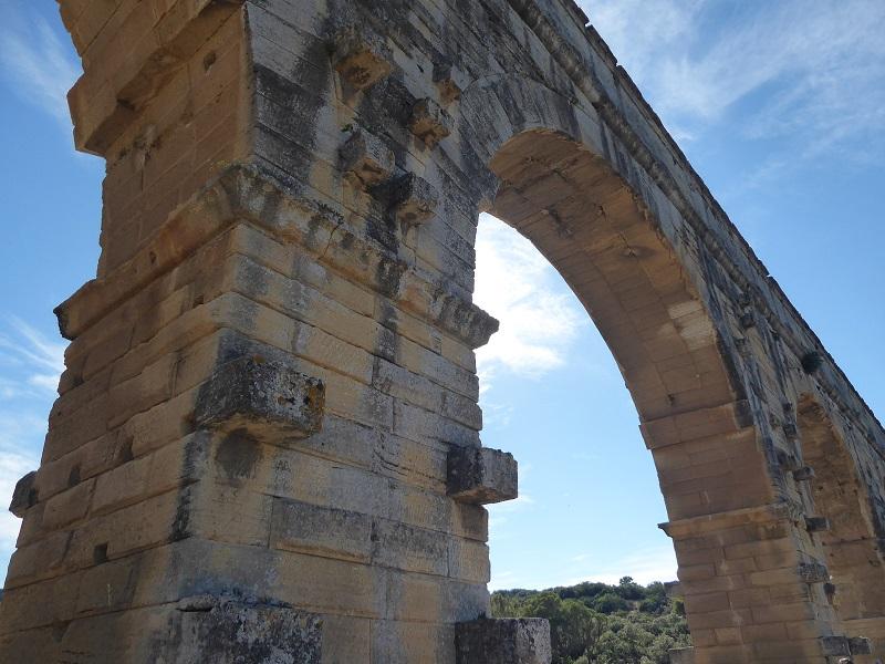 arch_pont_du_Gard