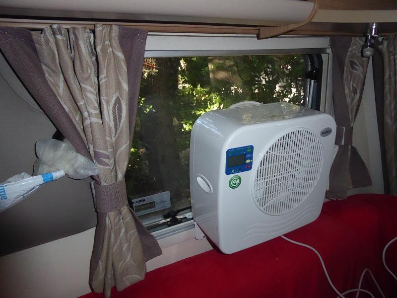 Cool_my_camper_caravan_aircon_unit